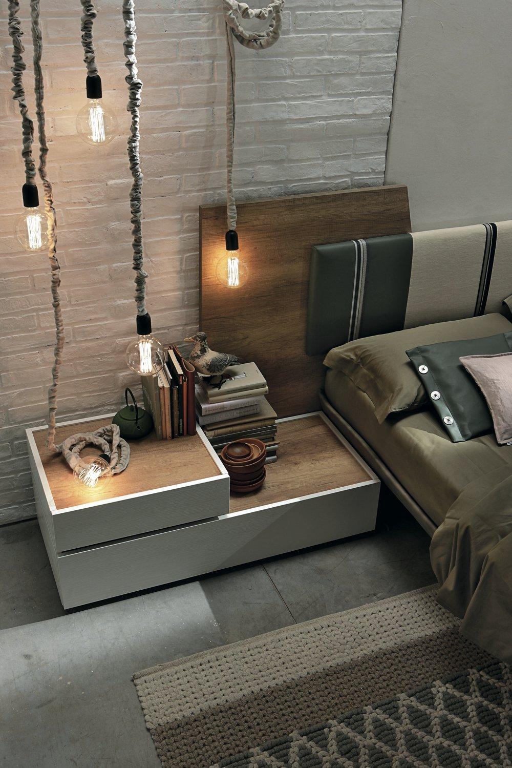 Letto di design moderno in legno