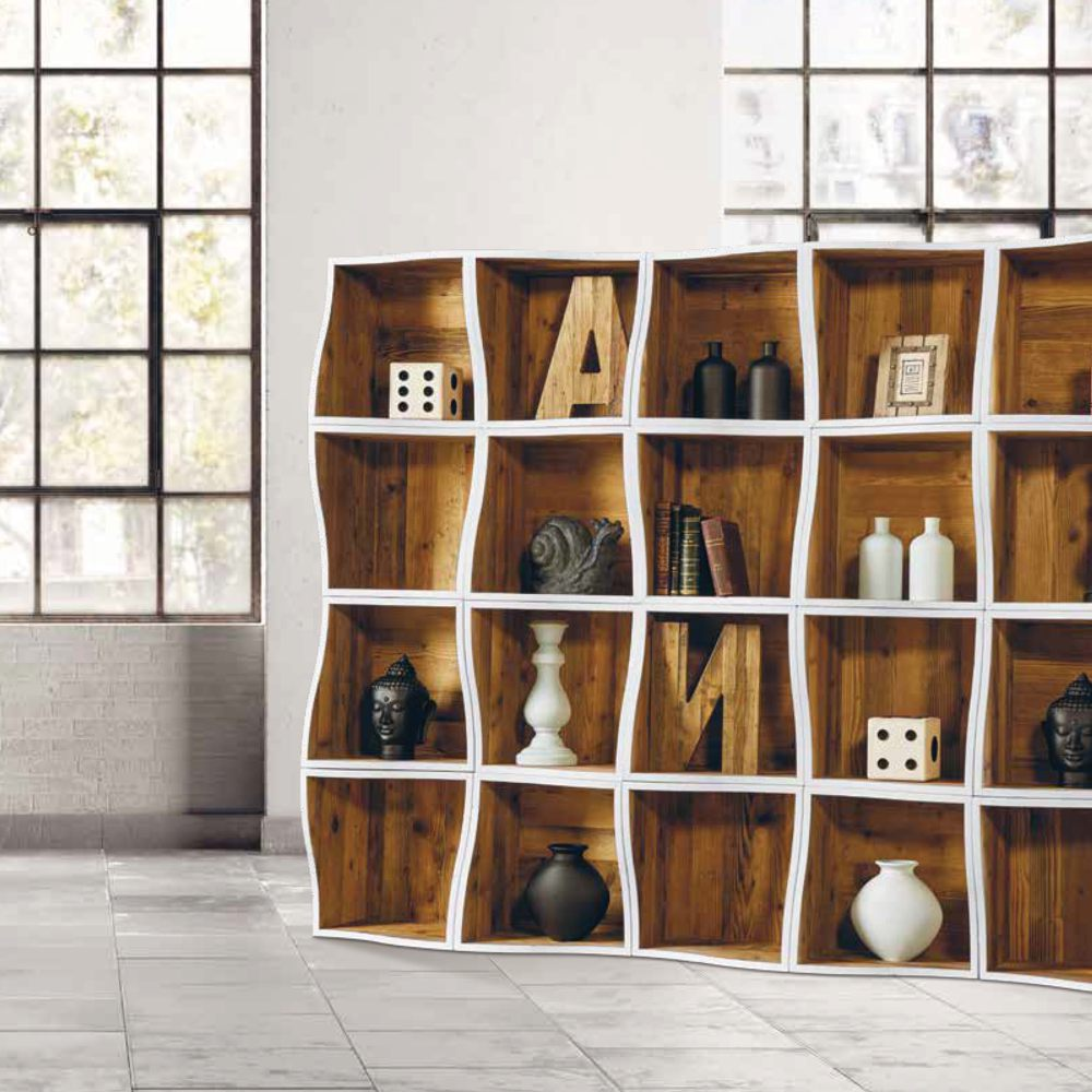 Libreria moderna bianca e legno ondulata