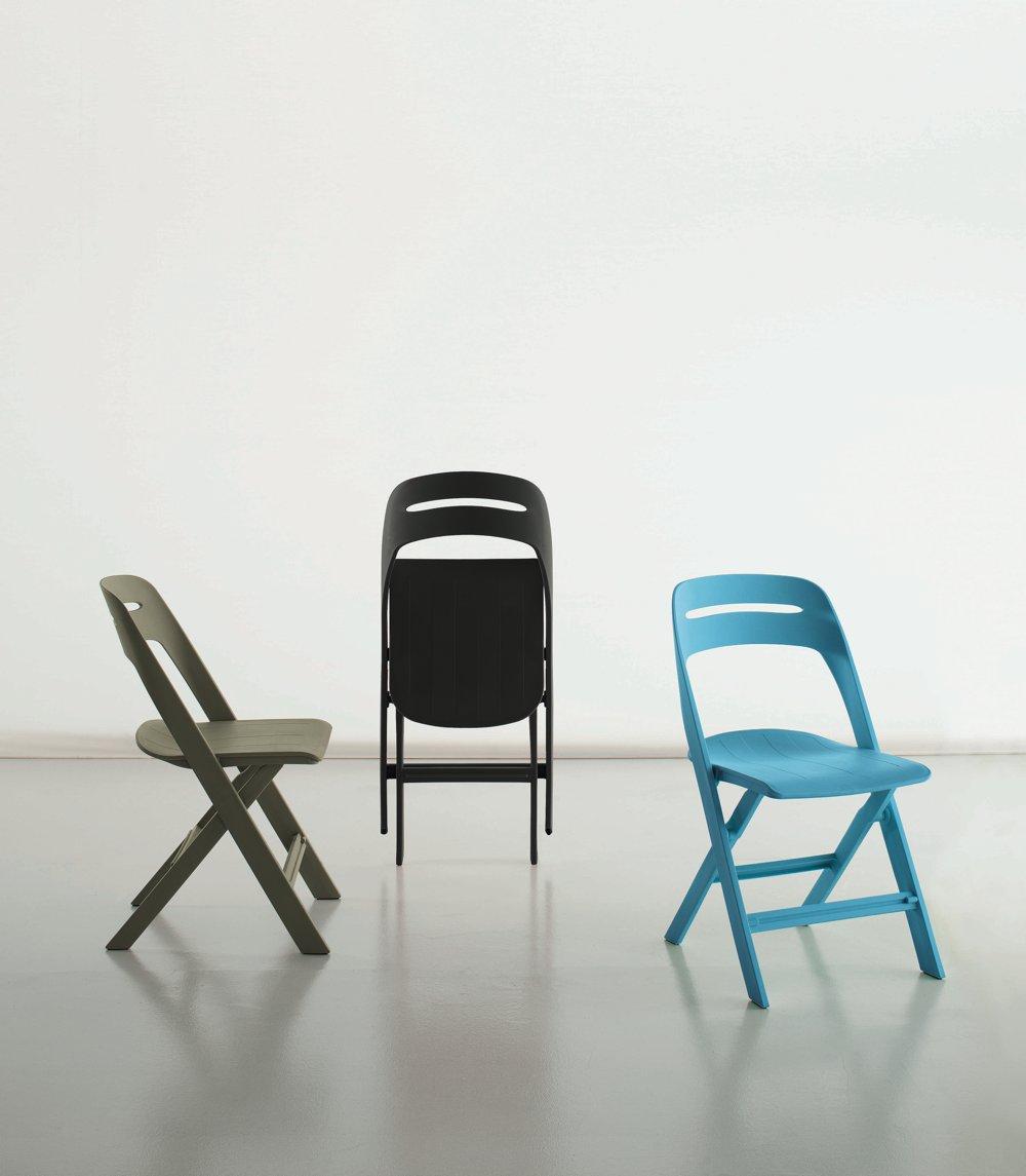 Sedia pieghevole in vari colori