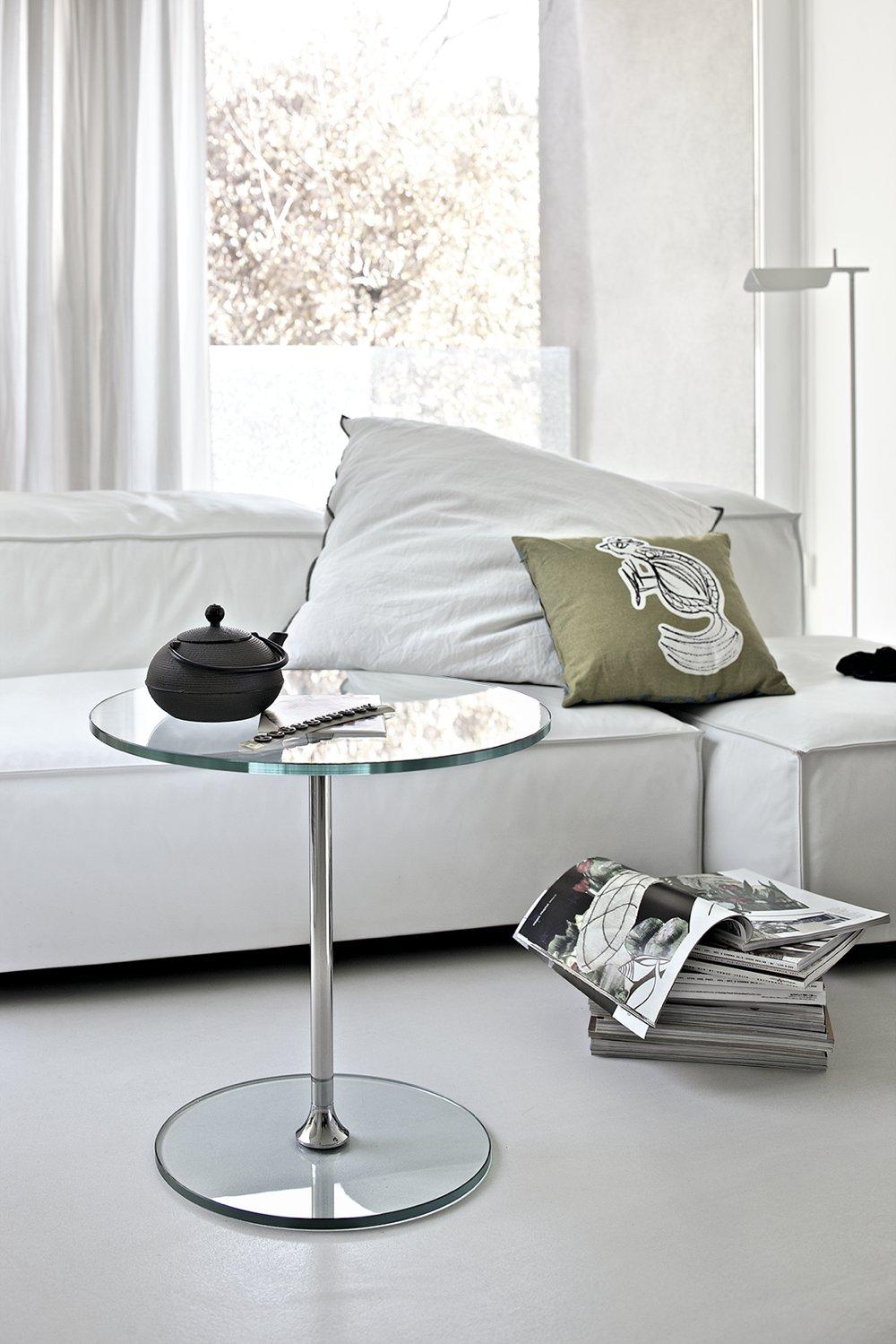 Tavolino basso in vetro