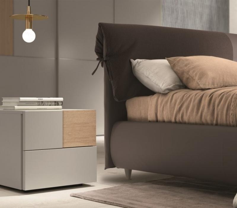 Comodino di design grigio chiaro