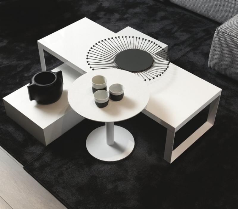 Tavolino basso bianco